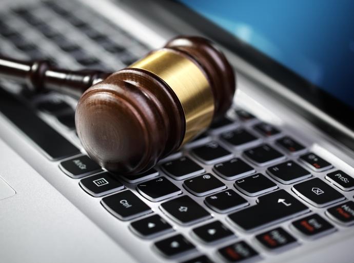 ¿_A_qué_retos_legales_se _enfrentan_las_empresas_debido_a_la_transformación_digital_?